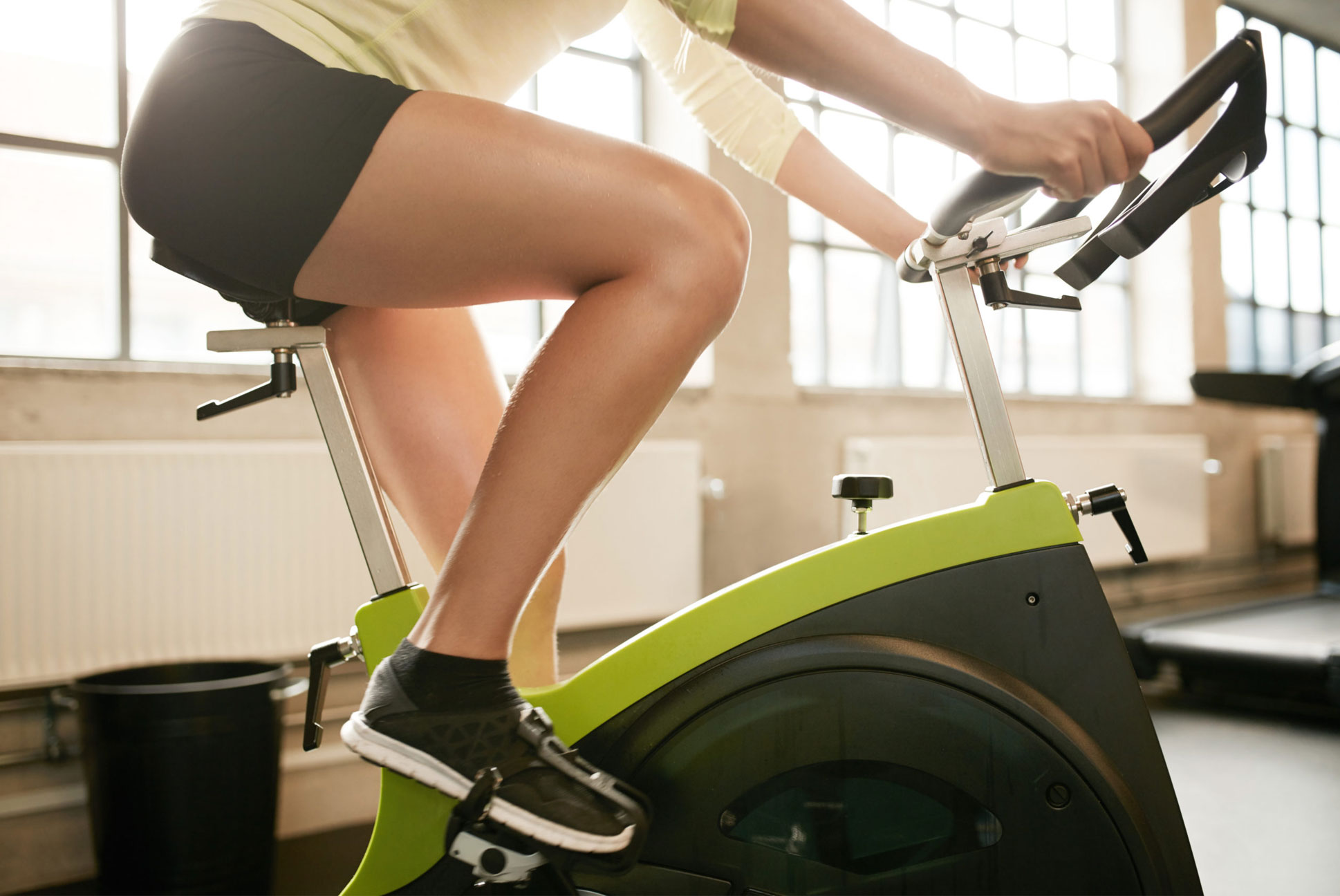 Are You Using Proper Cycling Form? 4 Tips to Avoid Injury and Improve Performance